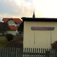Hereinpressende Nachrichten: Bürgermeister sagt Rathaus-Sondersitzung via Zeitung ab