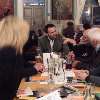 Hereinverkündete Nachrichten: noch ein Bürgermeisterkandidat für Berg