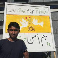 Asyl in Berg: Flugblattaktion vor dem Supermarkt