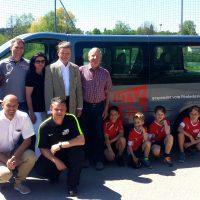 Schnelle Hilfe: ein neuer Mannschaftsbus