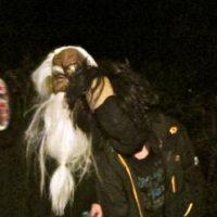 Eilmeldung: Furchtbare Gestalten auf Berger Straßen unterwegs